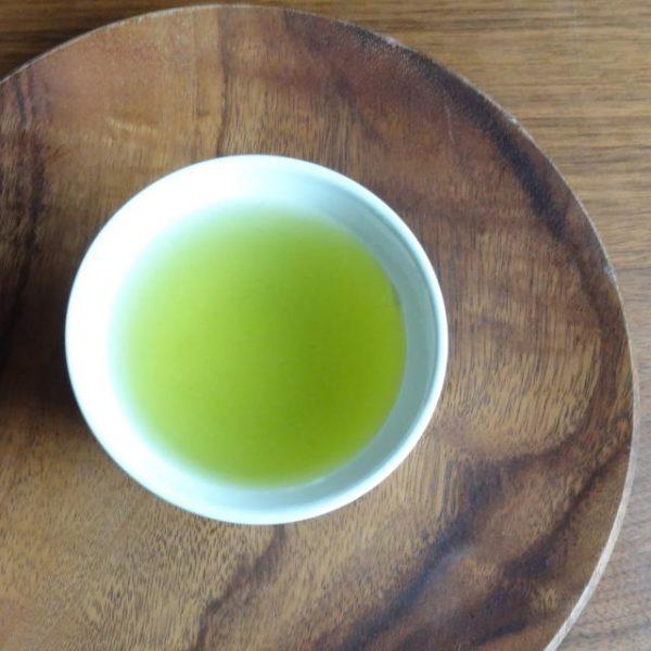 特上かぶせ茶 葉月 水色