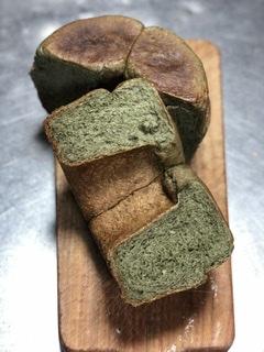 ヨモギ鍋焼きパン